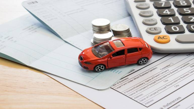 Smart Ways of Lowering Your Car Insurance Premium without Compromising on Safety