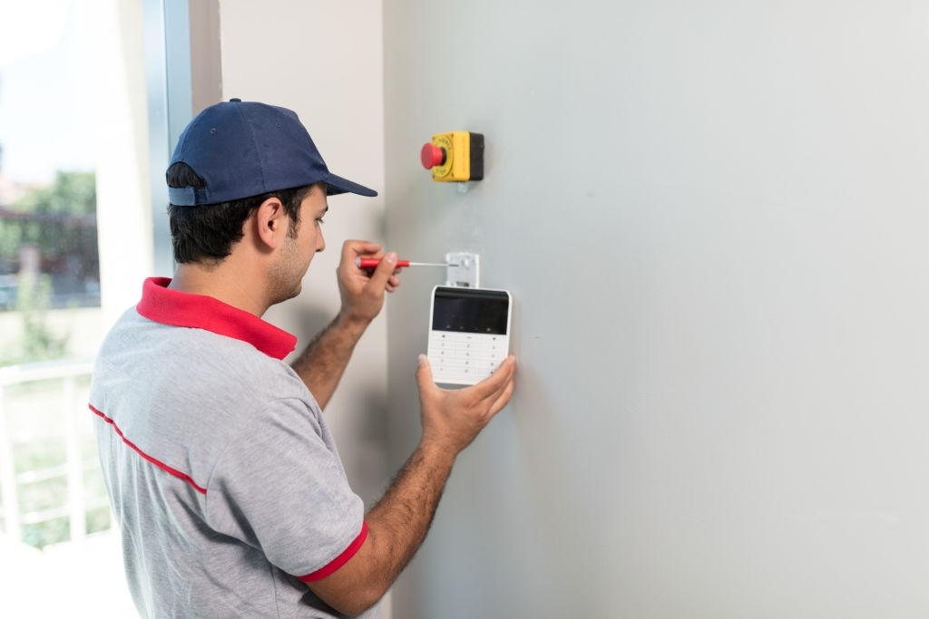 The Reasons behind installing a burglar alarm in your house