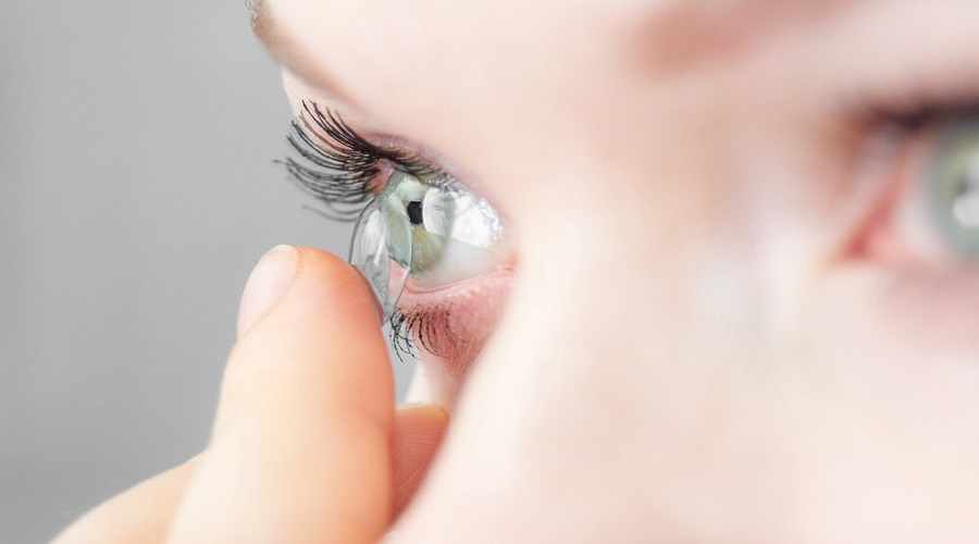 Homemade, Natural Remedies To Clean Your contact lenses