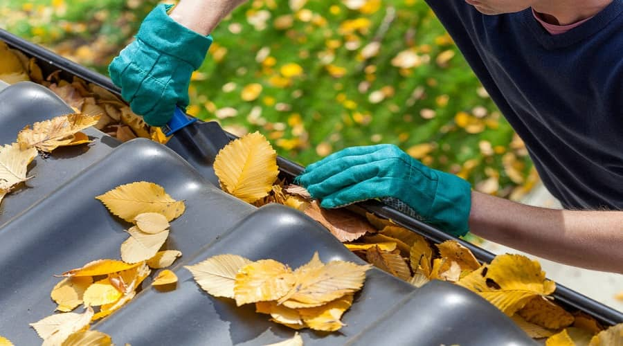 How to clean your gutter and solve locksmith issues?